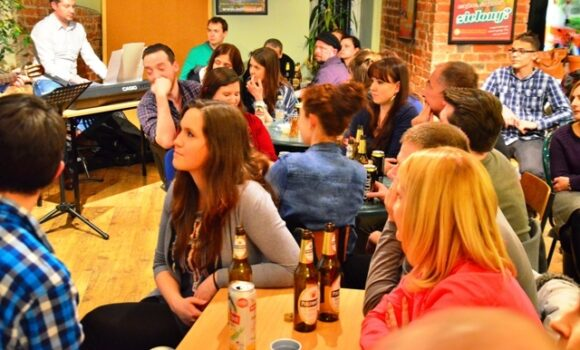 QUIZ NIGHT 03 2015